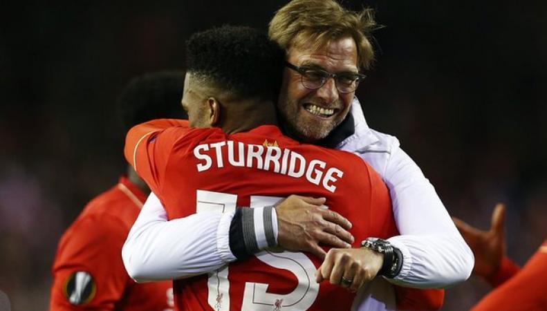 """""""Liverpool"""" победил в полуфинале Лиги Европы по футболу фото:theguardian.com"""