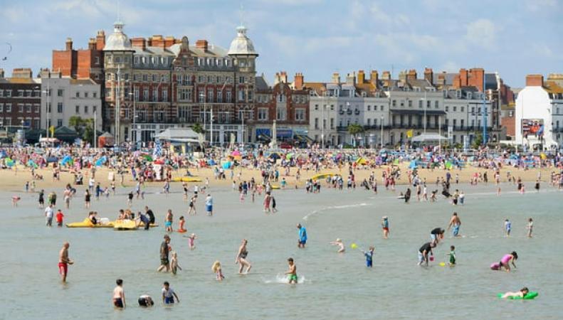Британские синоптики ожидают исторический температурный рекорд в банковские выходные