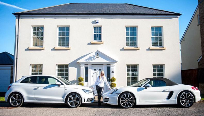 Жительница Южного Уэльса живет в абсолютно белом доме