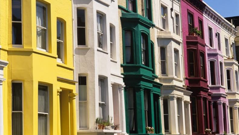 Средняя цена лондонской недвижимости снизилась впервые за восемь лет фото:theguardian