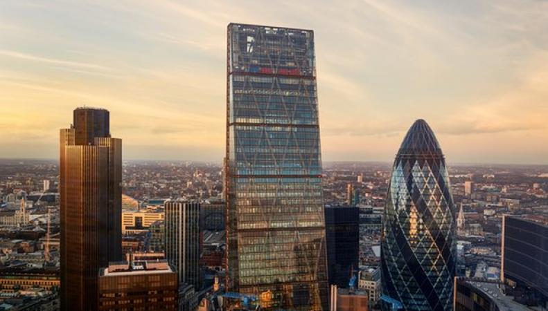 Китайская инвесткомпания может приобрести лондонский небоскреб Cheesegrater за $1,27 млрд
