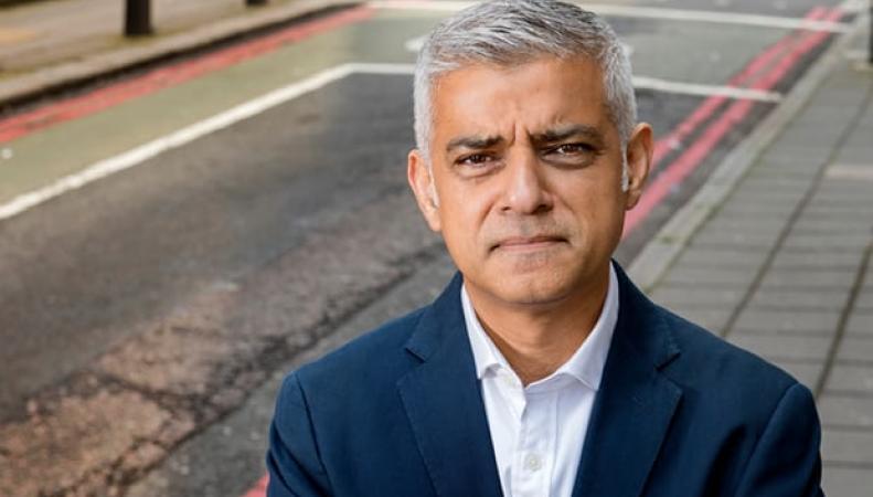 Садик Хан отдал распоряжение чиновникам готовить Лондон к жесткому Брекзиту