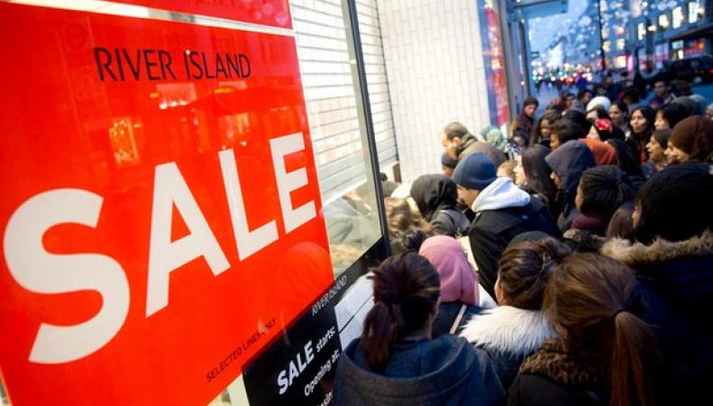 Старт рождественских распродаж в Великобритании: покупатели штурмуют интернет фото:theguardian.com