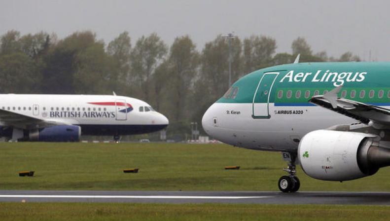 Британские  и ирландские авиакомпании отменили полеты во Францию в четверг фото:express.co.uk