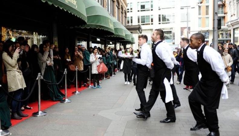 Boxing Day в Великобритании может стать нерабочим днем для супермаркетов и универмагов  фото:mirror.co.uk