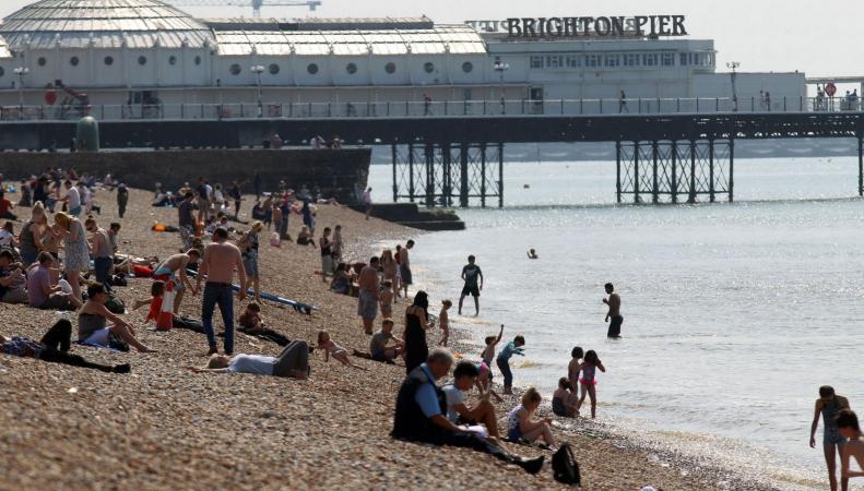 Прогноз погоды в Великобритании: Две недели тепла  фото:mirror.co.uk
