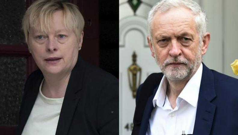 Парламентский кризис в лейбористской партии привел к росту популярности Корбина фото:liverpoolecho.co.uk