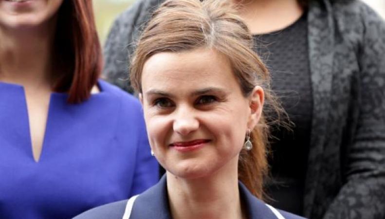 В Англии скончалась депутат местного парламента, накоторую сегодня было совершено нападение