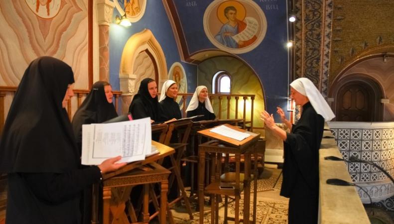 Хор минского Свято-Елисаветинского монастыря даст благотворительные концерты в Великобритании