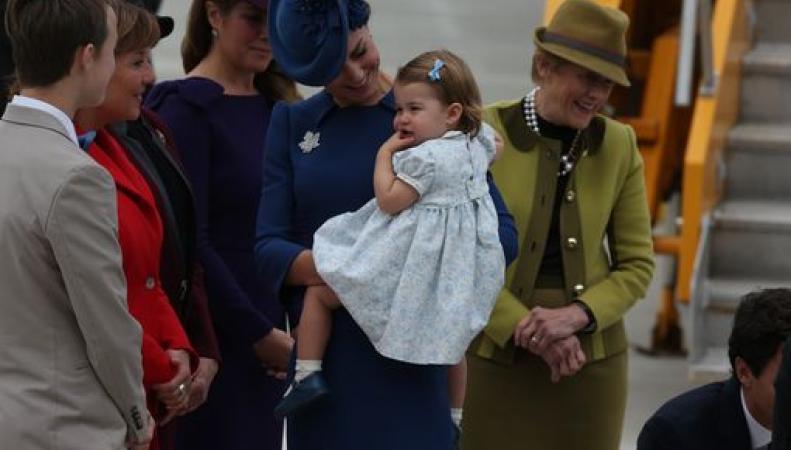 Принц Уильям и Кейт прибыли в Канаду вместе с детьми