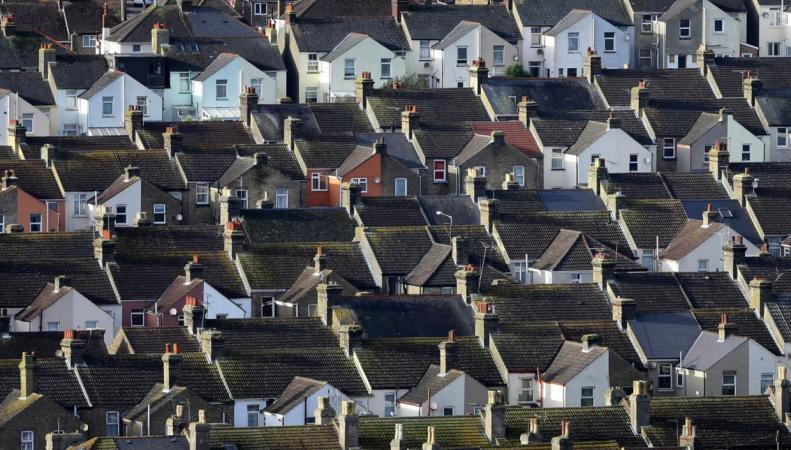 Стоимость домов в ряде лондонских пригородов выросла на 20% за год фото:standard.co.uk