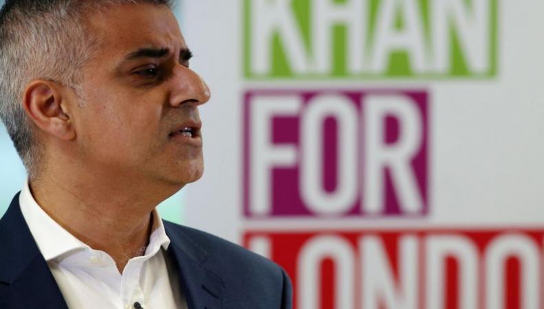 Садик Хан предложил перенести начало Brexit на осень следующего года фото:independent.co.uk