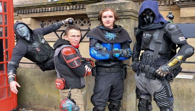 Супергерои помогают бороться с преступностью в Ливерпуле