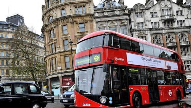 В Лондоне изменились правила проезда в красных даблдекерах фото:standard.co.uk