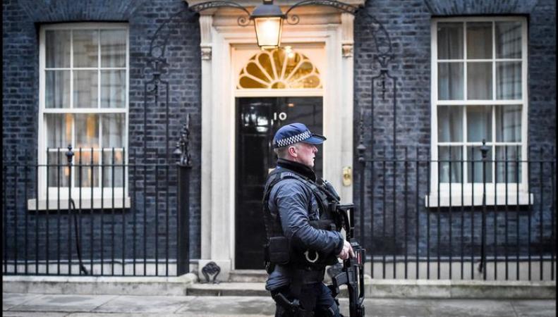 Великобритания поставила ультиматум России