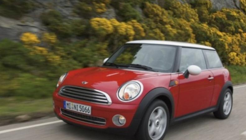 самый короткий седан выпустит Mini