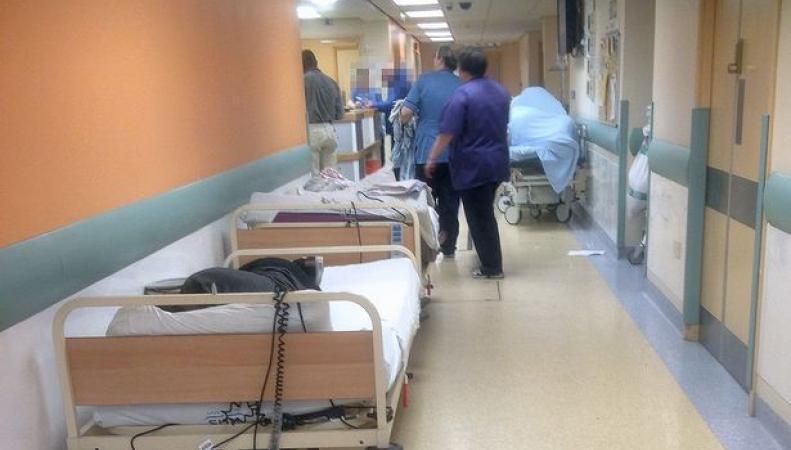 Больницы NHS исчерпали резерв коек в связи со вспышкой заболеваемости ОРВИ