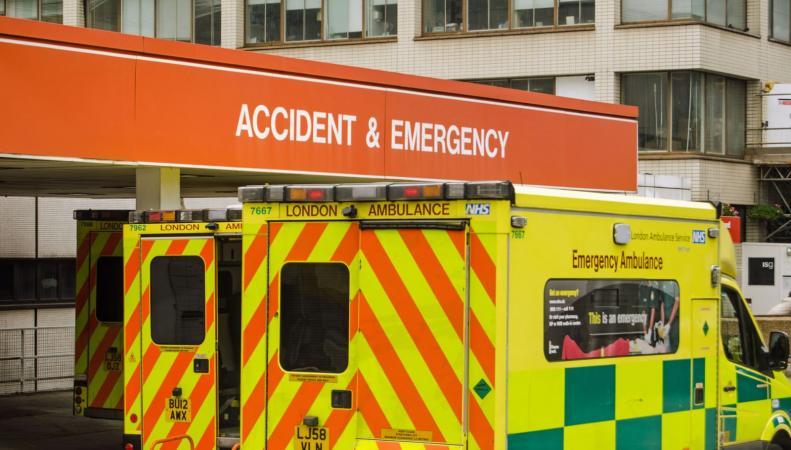 Больницы NHS испытывают острый дефицит койкомест