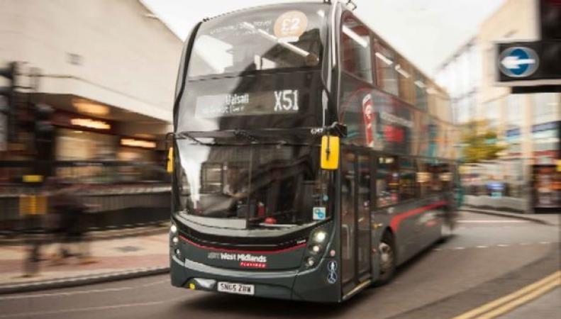 В Бирмингеме автобусы National Express будут возить пассажиров бесплатно