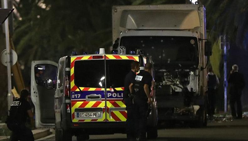 Теракт в Ницце: 73 погибших фото:dailymail.co.uk