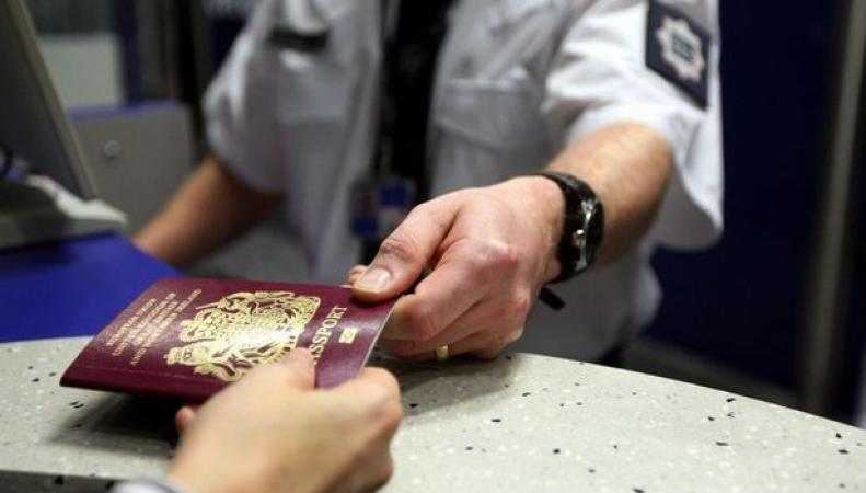 Британцы столкнулись с массовым отказом во въезде в США фото:birminghammail.co.uk