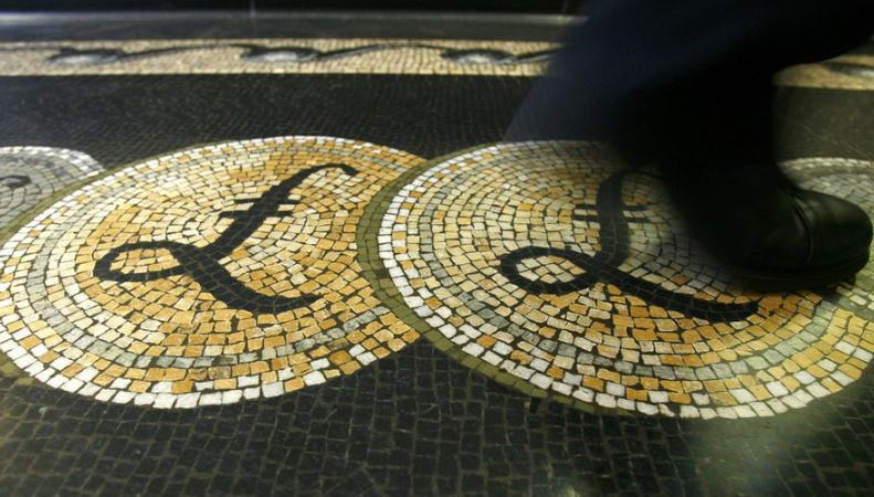 Фунт и биржевые котировки подали признаки жизни после обвала фото:reuters.co.uk