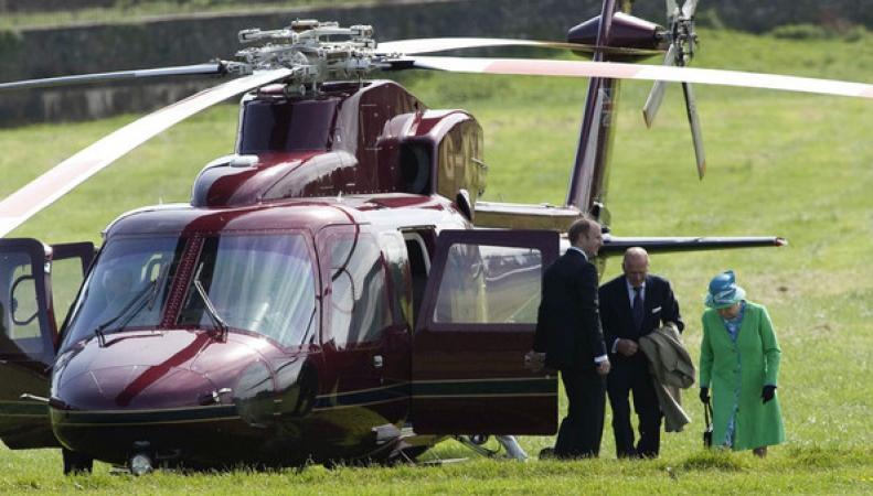 График полетов вертолета королевы Елизаветы II впервые предан огласке