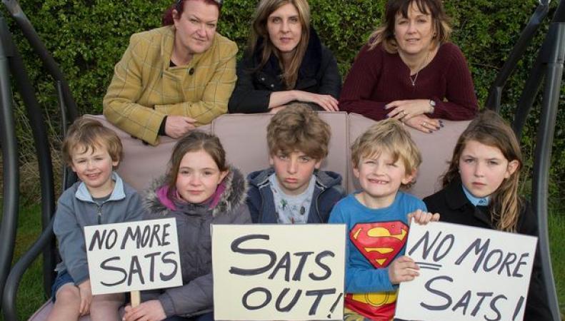 В Великобритании состоится первая детская забастовка фото:mirror.co.uk