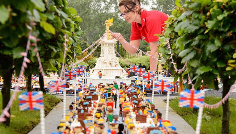 Копию пикника на улице Мэлл в Legoland