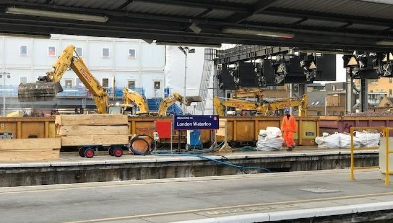 South West Trains ввел цветовую кодировку станций на время реконструкции вокзала Ватерлоо