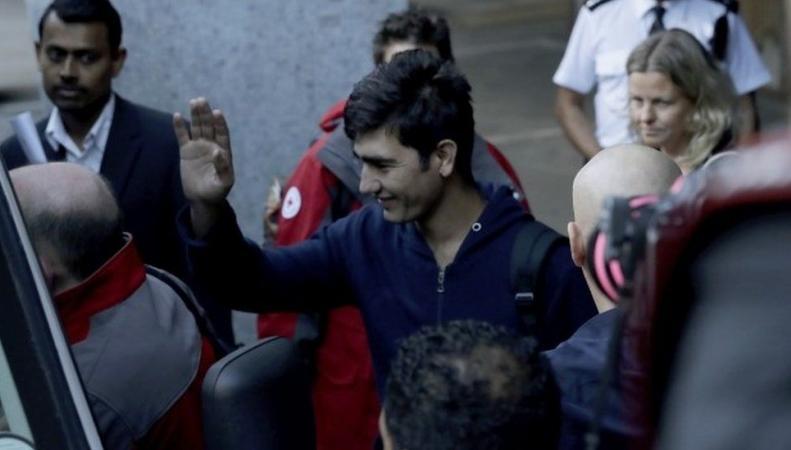 Депутаты не поверили заявленному возрасту прибывших из Кале беспризорников фото:bbc.com