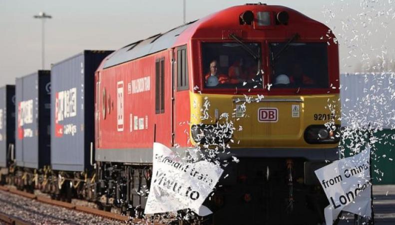 Первый товарный поезд прибыл в Лондон из Китая