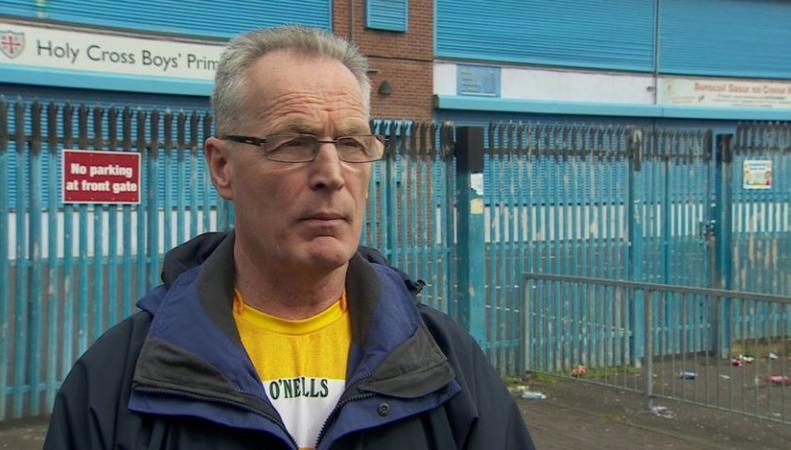 Бомба обнаружена и обезврежена  у ворот школы в Белфасте фото:bbc