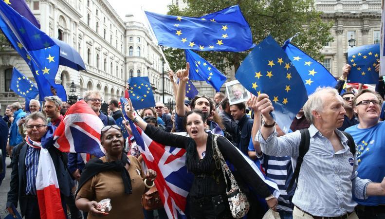 Проевропейский марш состоится в Лондоне накануне начала Брекзита фото:metro.co.uk