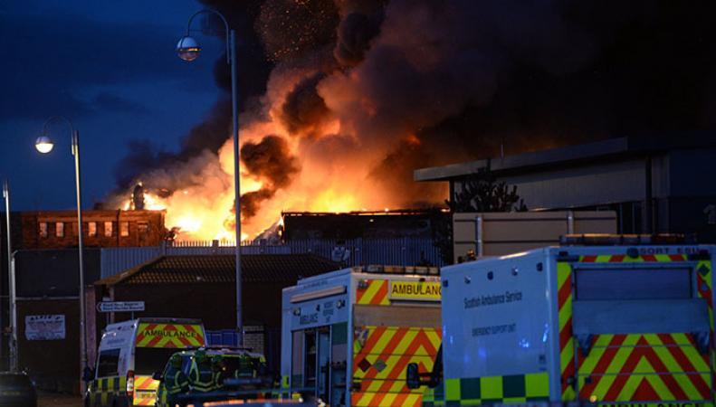 Крупный пожар в Глазго оставил без электричества 3 тысячи домов