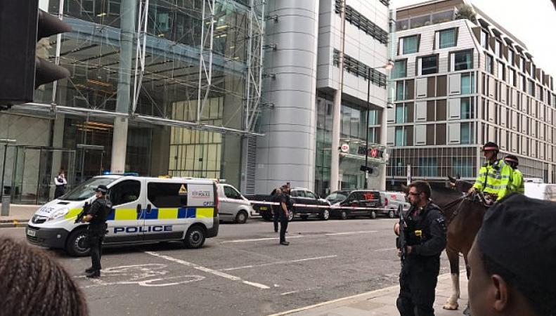 Эвакуация в Сити: подозрительный пакет найден на Уилсон-стрит фото:dailymail