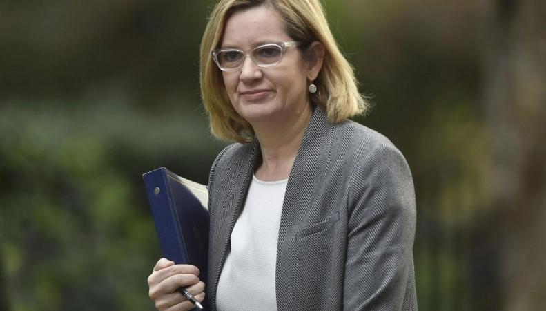 Британское правительство анонсировало ужесточение правил продажи коррозионных жидкостей