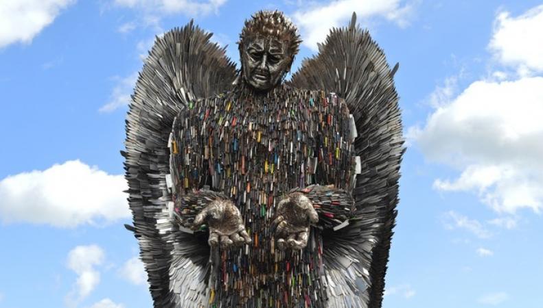 В Ковентри привезли «Ангела ножей»