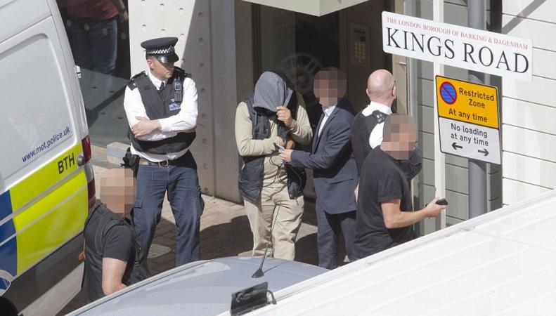 В Лондоне арестованы двенадцать человек по подозрению в причастности к теракту фото:dailymail