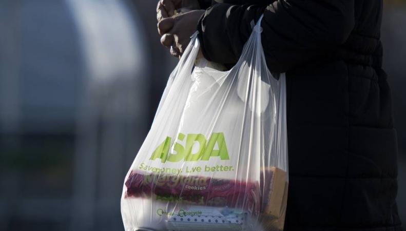 ASDA прекратит продавать пятипенсовые пакеты для продуктов