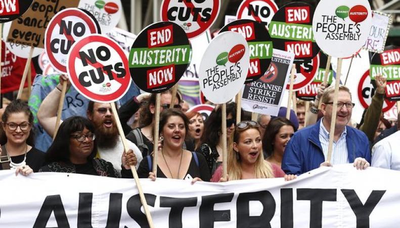 Марш против политики бюджетных ограничений