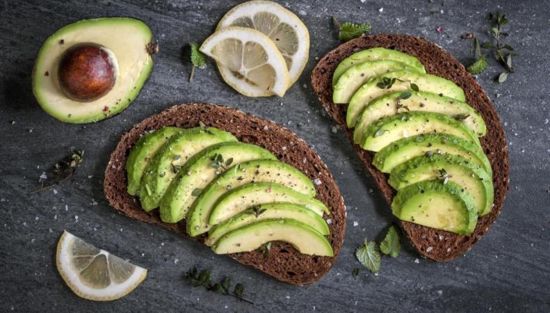 В британских супермаркетах подорожали авокадо фото:independent