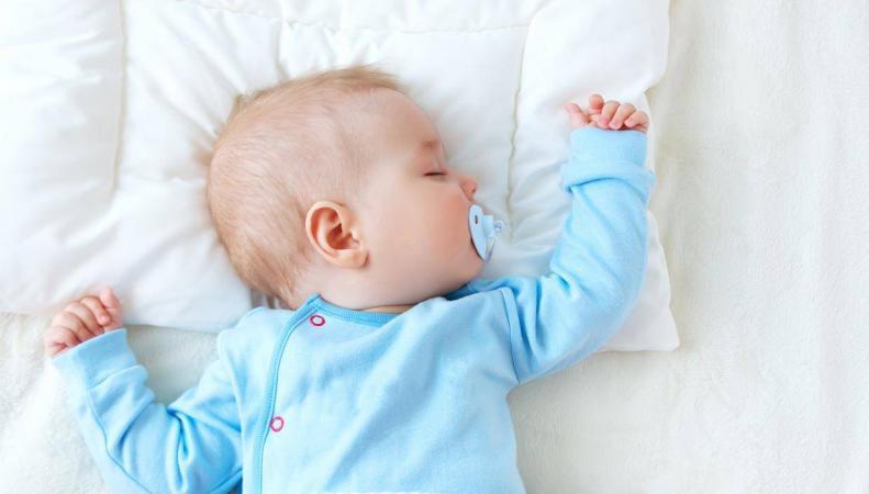 Уровень рождаемости в Великобритании снизился до минимума за десять лет