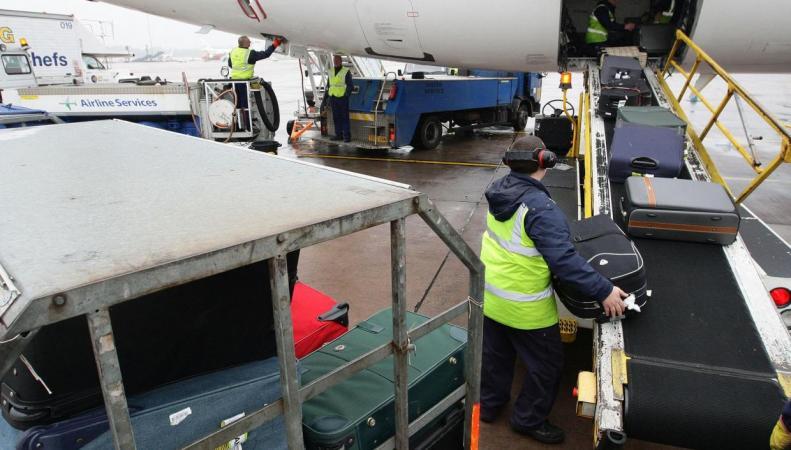 Наземный персонал британских аэропортов отозвал заявку на проведение забастовки фото:independet.co.uk