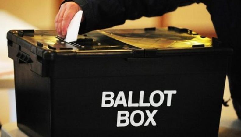 В Великобритании истекает срок регистрации для участия в голосовании на выборах фото:bbc