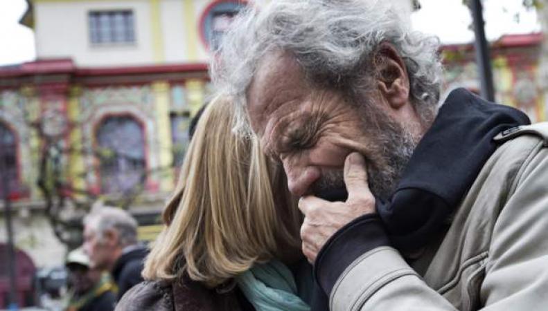 Концертный зал Bataclan встолице франции открылся впервый раз после терактов