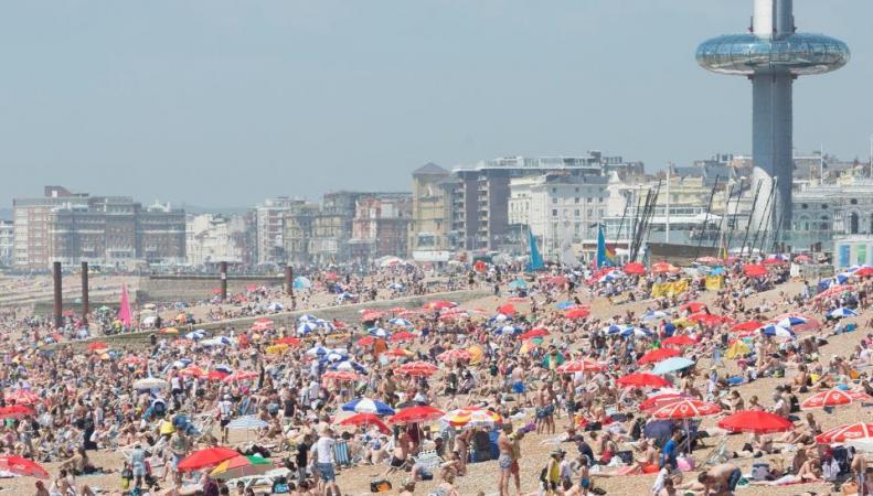 Синоптики предупредили об опасной экстремальной жаре в Англии