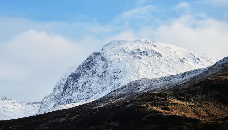 Снежная лавина похоронила туристов на горе Бен-Невис