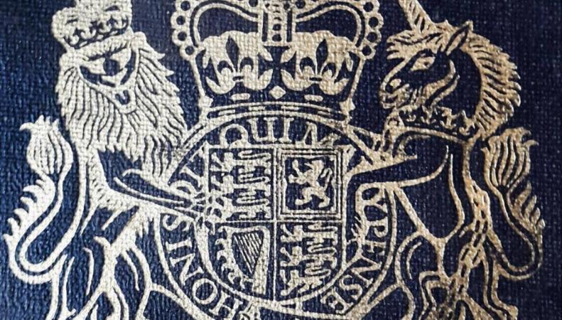 Правительство повысило сбор за отказ от британского гражданства