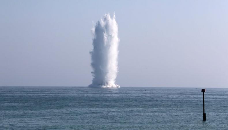 В акватории Вест-Сассекса подорвана мощная бомба